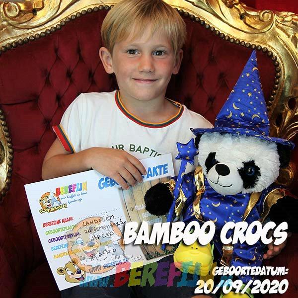 Berefijn knuffeldier Bamboo – teddybeer - Teddy Mountain - panda - Lier - tovenaarskleed - tovenaarshoed - toverstaf - crocs